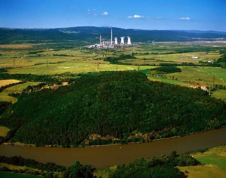Nejvíc elektřiny je v ČR z hnědého uhlí