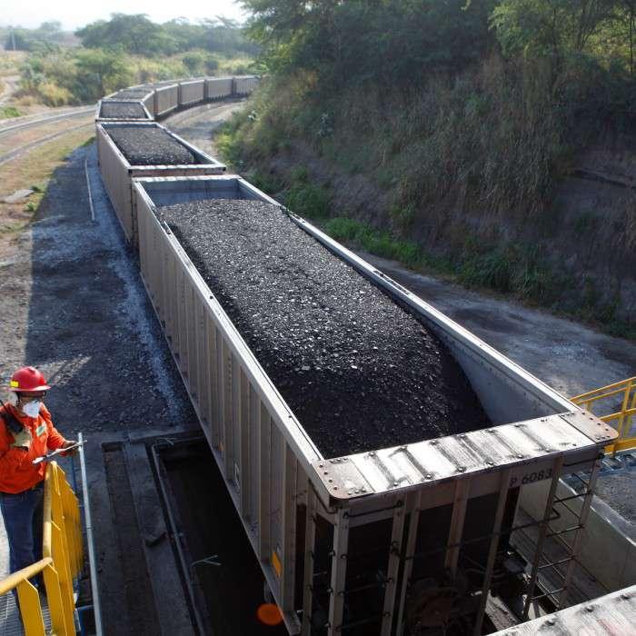 Cena energetického uhlí nejníže od září 2007