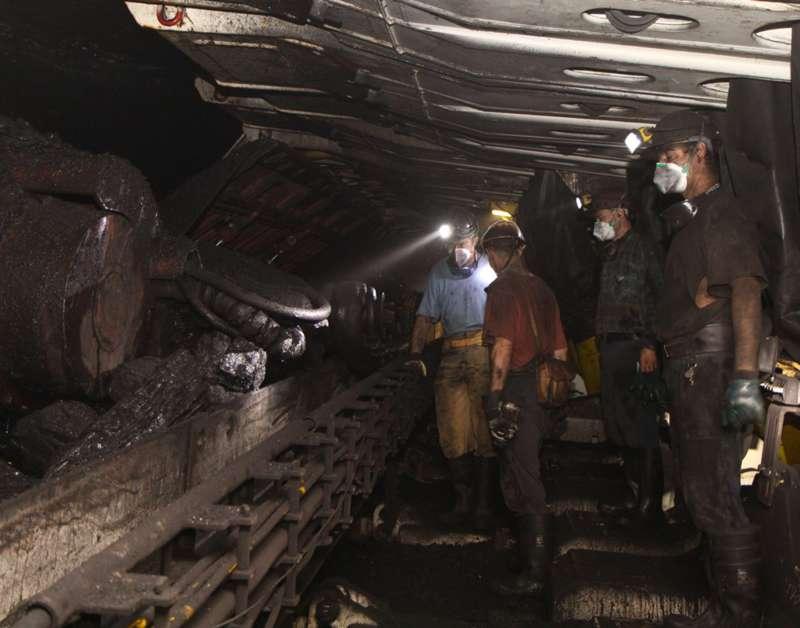 Horníci v Polsku protestují v podzemí
