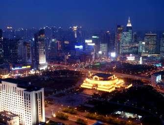 Čína vyhlásila boj emisím CO2