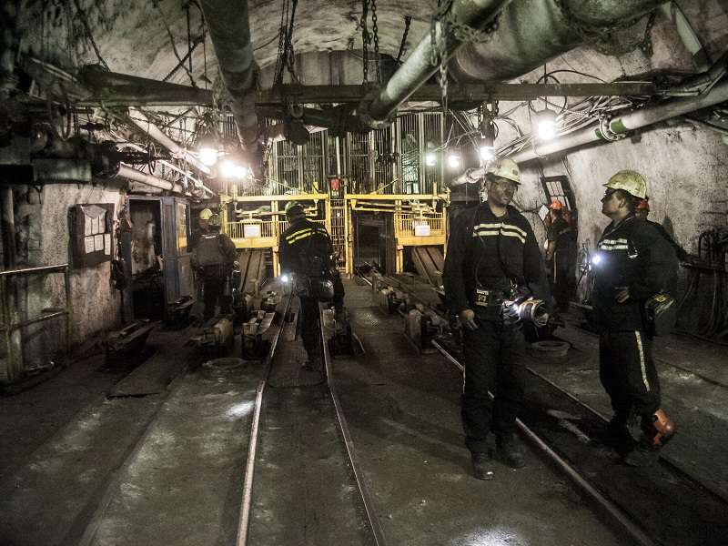Pustí vláda horníky do penze dřív?