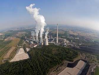 Nejvíc elektřiny vyrobily opět uhelné elektrárny