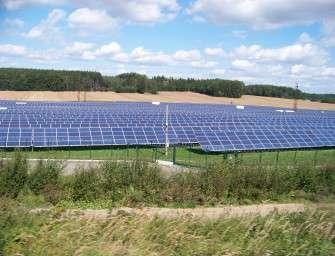 Poučí nás solární šílenství?