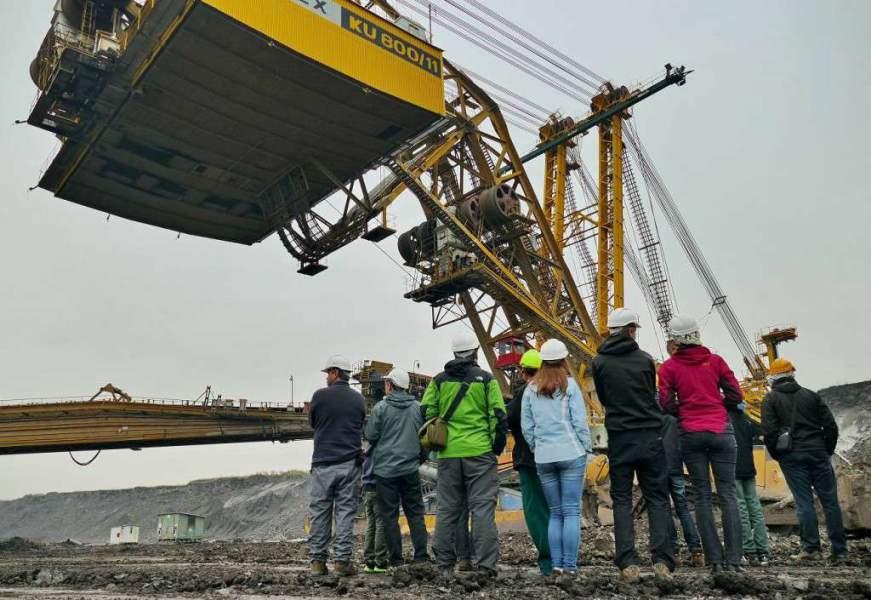 Přednáška o těžbě skrývky. Foto: Jiří Finfrle