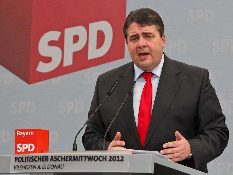 Sigmar_Gabriel_2012_Politischer_Aschermittwoch_SPD_Vilshofen_13-800x600_compressed