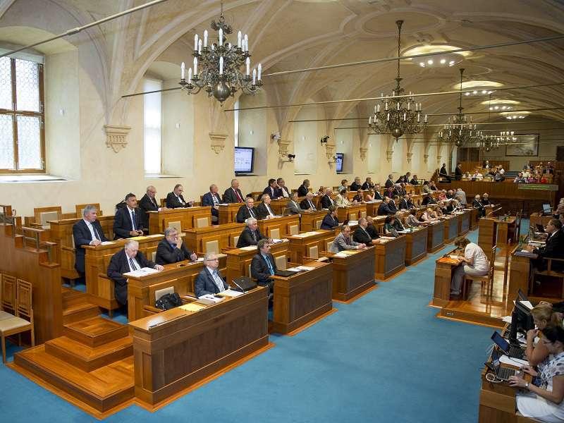 Schůze Senátu. Zdroj: www.senat.cz
