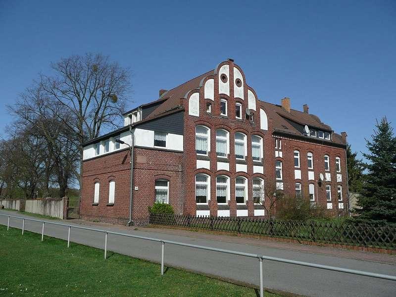 Proschim škola. Foto: wikipedia.org