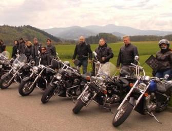 Motorkáři ze šachty přijeli pobavit hendikepované