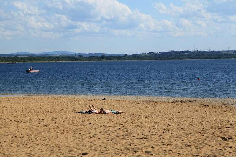 """Berzdorferskému jezeru se někdy přezdívá """"polská riviéra"""". Foto: Wikipedie"""