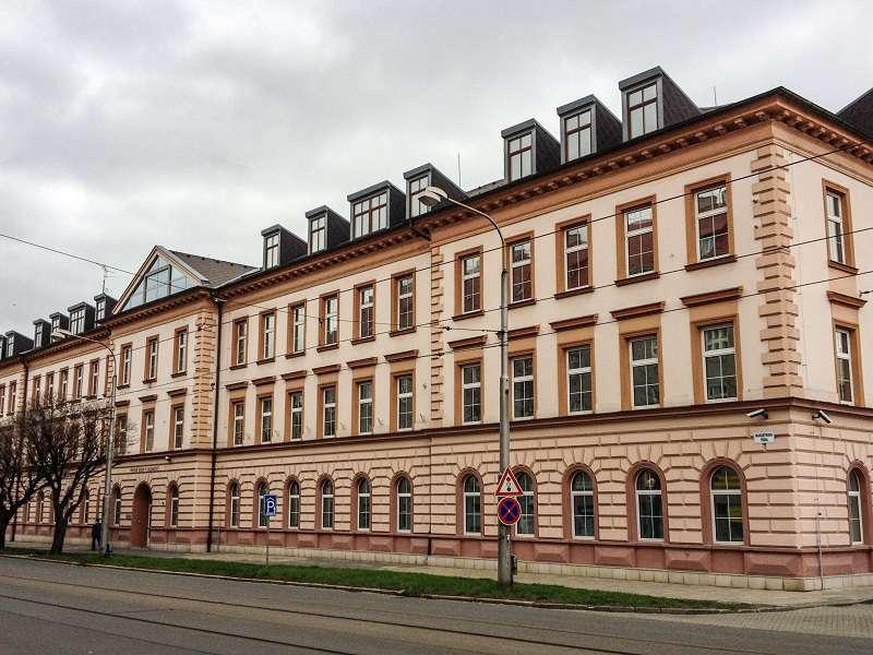 Vrchní_soud_Olomouc_compressed