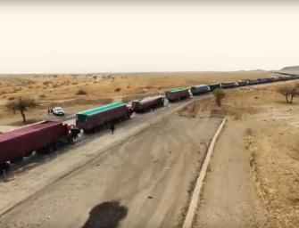 Uhelná kolona veze Mongolsku naději