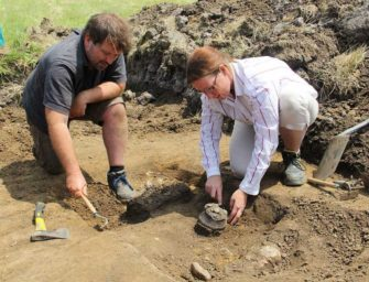 Ve Slatinicích našli hroby z doby bronzové