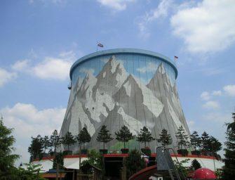 Z jaderné elektrárny je lunapark