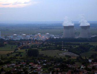 Vedra zastavila jaderné reaktory
