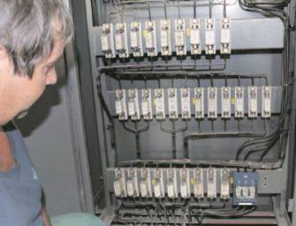 Provozní elektrikáři se celý život učí