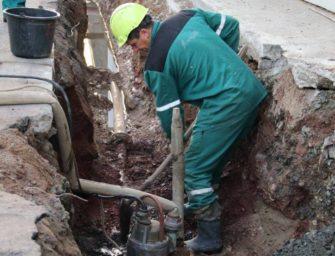 Pitná voda proudí novým potrubím