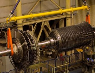 Paroplynová elektrárna má novou turbínu