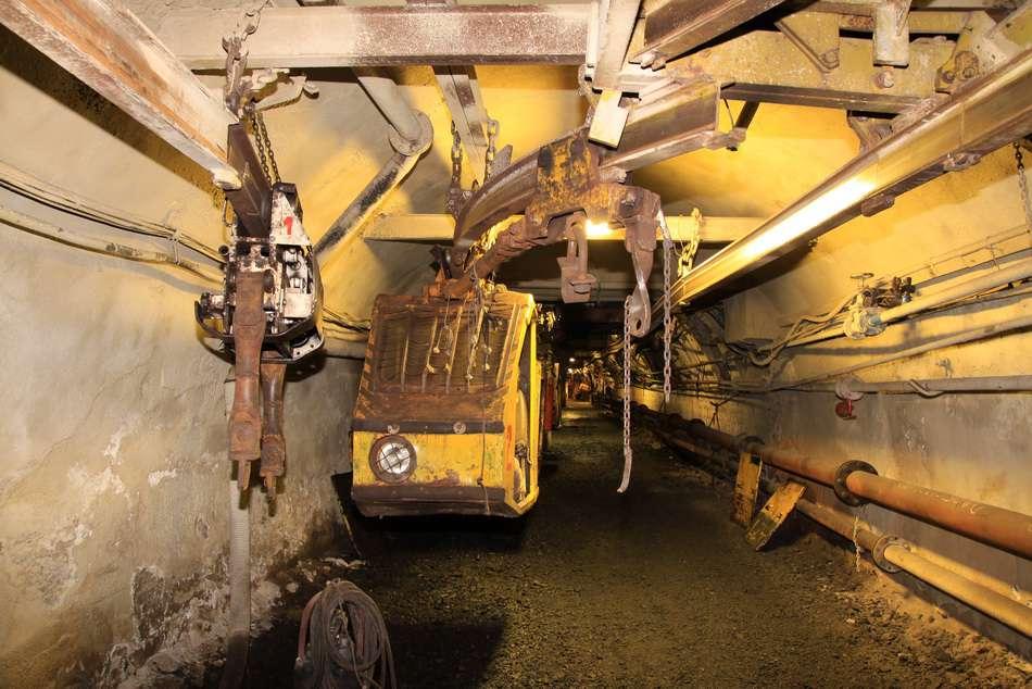 Těžba závalového uhlí v dole Centrum