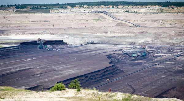Průzkum: Češi počítají s hnědým uhlím