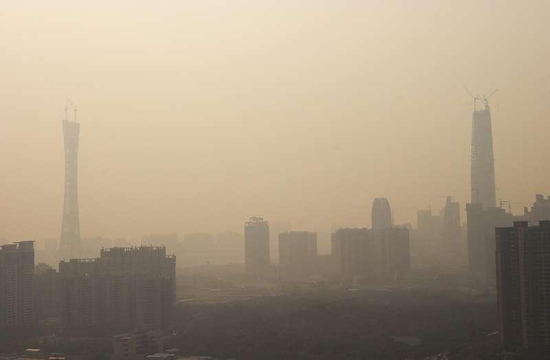 Čína: Zákaz uhlí s vyšším obsahem síry a popela