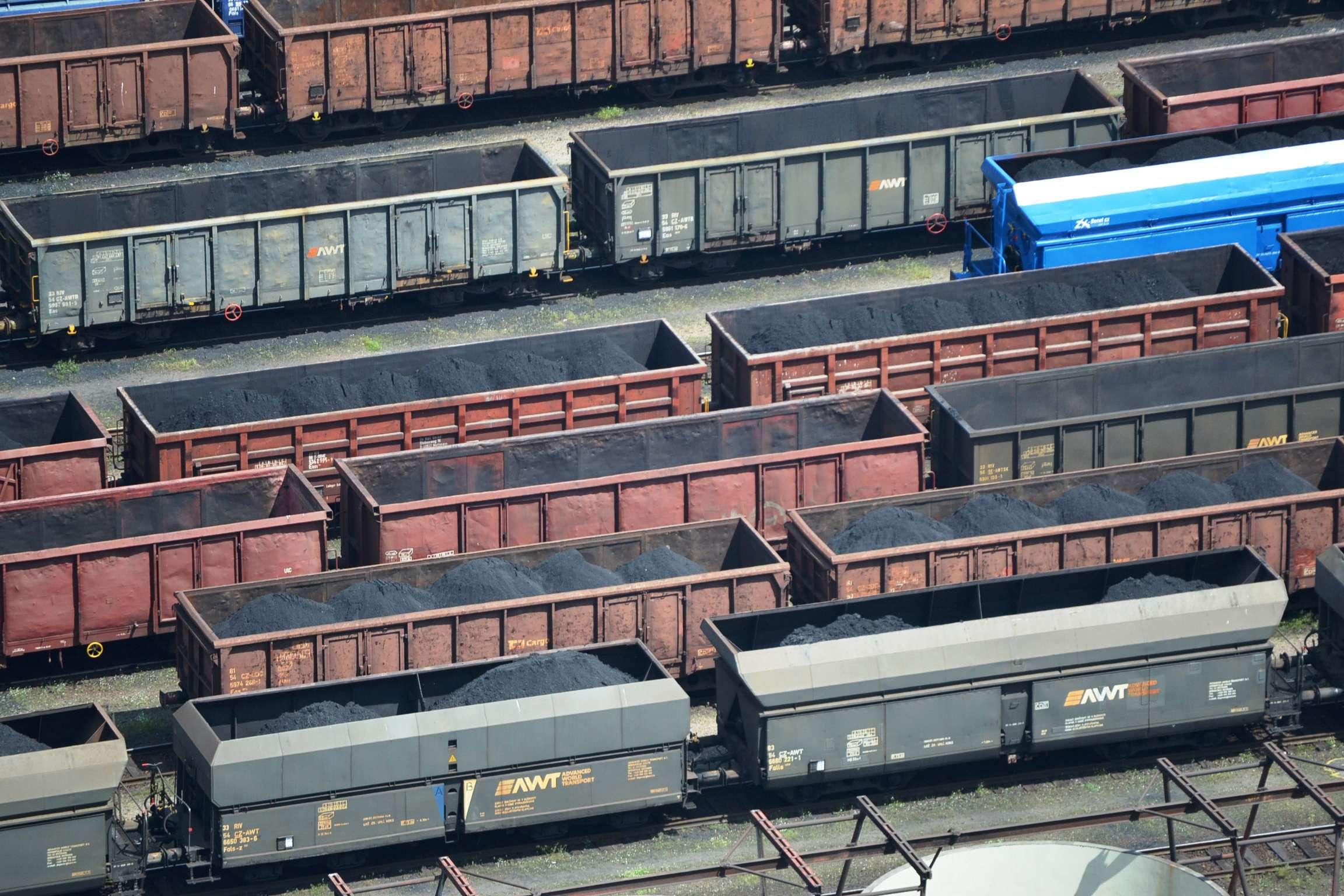 Mládek: Teplárny zvažují dovoz uhlí