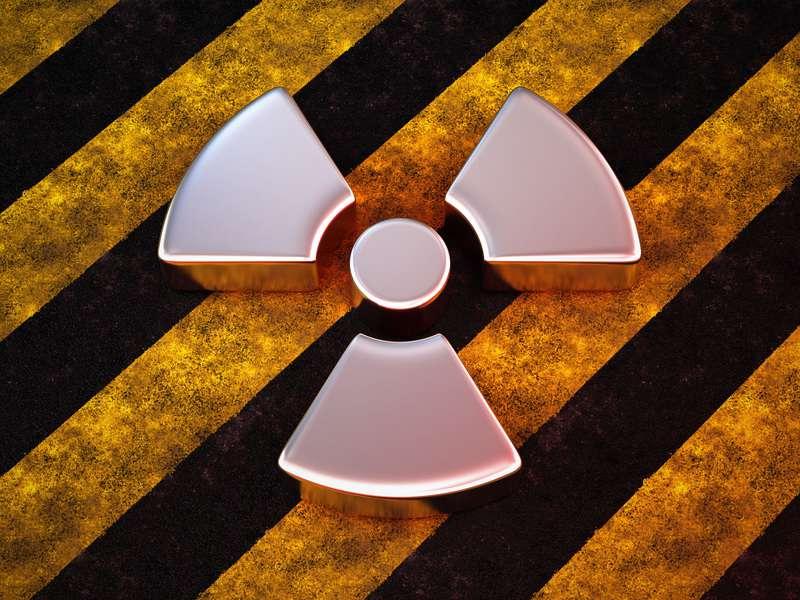 Vybouchne Mládkovi jaderný plán pod rukama?