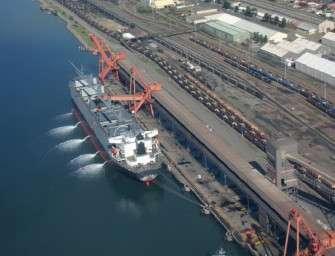 Křetínský vozí uhlí z Ruska na Sardinii