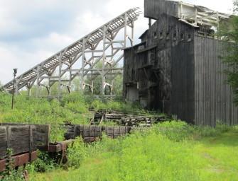 Archeologové pátrají po uhelné historii
