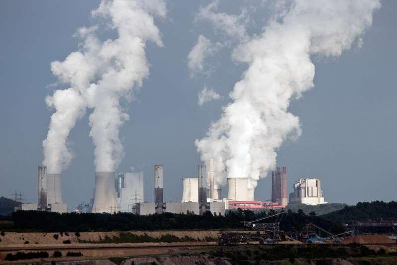 Uhelná elektrárna povolenky