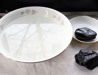Uhelné mýdlo pění bíle