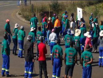 V jihoafrickém dole propukly násilnosti