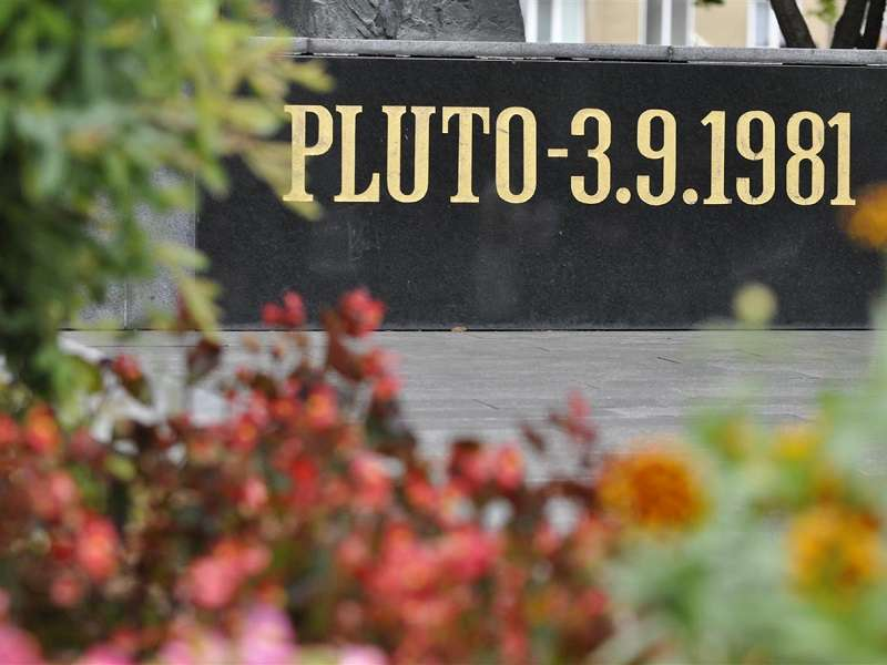 Pamětní deska katastrofy v dole Pluto II. Foto: Mostecké listy