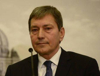 Hüner na konci ministerské cesty