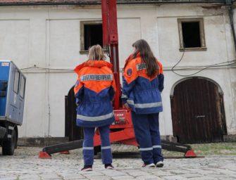 Báňští záchranáři vyrazili do kláštera