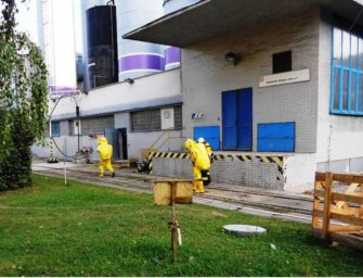 Cvičení v Dětmarovicích: hasiči likvidovali čpavkovou vodu