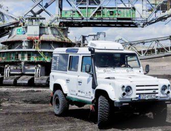 V polském dole testují speciální elektromobil