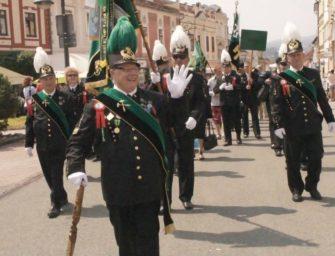 Vpráci fáračky avevolnu uniforma
