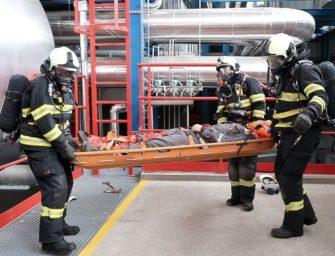 Teplárenští hasiči si vyzkoušeli zásah v kotelně