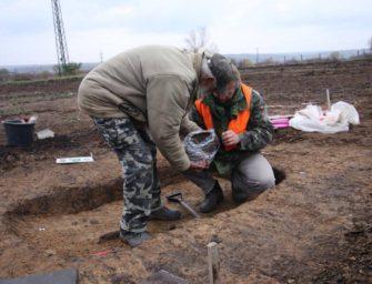 Archeologové objevili ve Vršanech hroby z pozdní doby kamenné