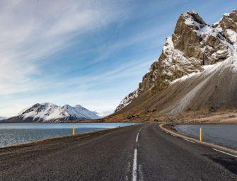 Na Islandu spustili obří vysavač CO2